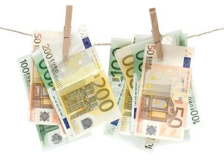 Pagamenti parziali in contanti e soglia antiriciclaggio