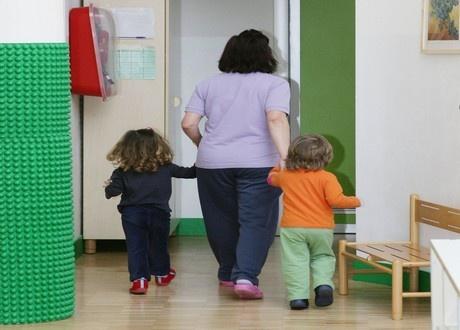 Diretto contatto con minorenni? Serve il certificato penale del casellario